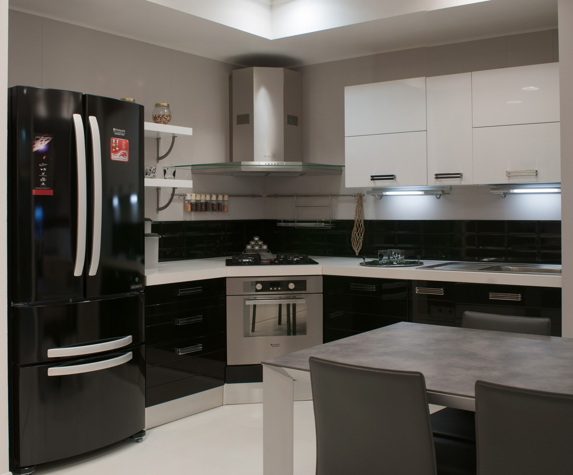 Cucina Componibile Con Piano Cottura Ad Angolo